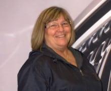 Lois Chenell : Service Advisor